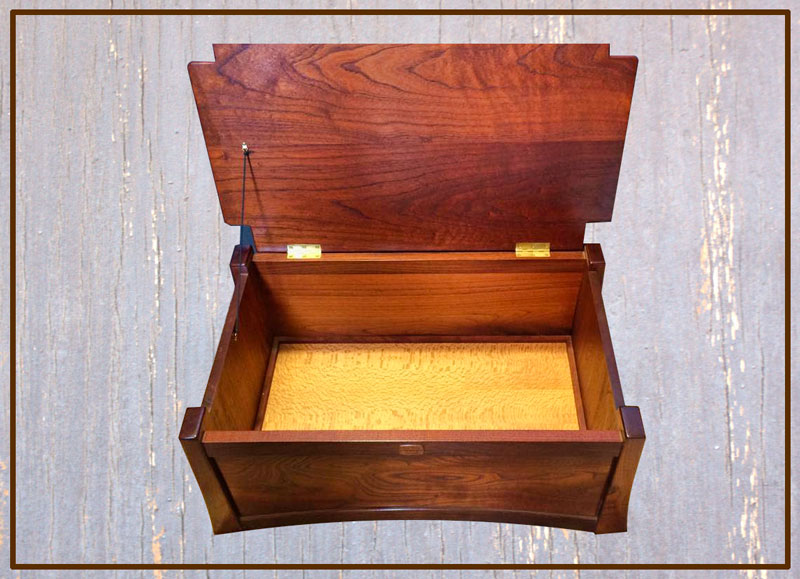 Cedarworks custom made cedar furniture chest